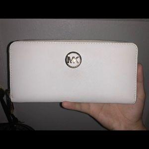 White Michael Kors wallet